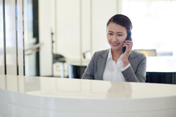 Calling-receptionist-516176(S)